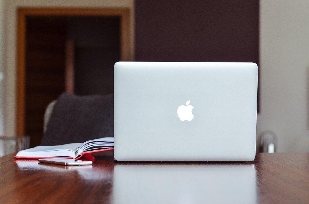 Psychoterapia online vs. tradycyjna terapia w gabinecie